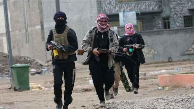 IŞİD rafineriyi de ele geçirdi