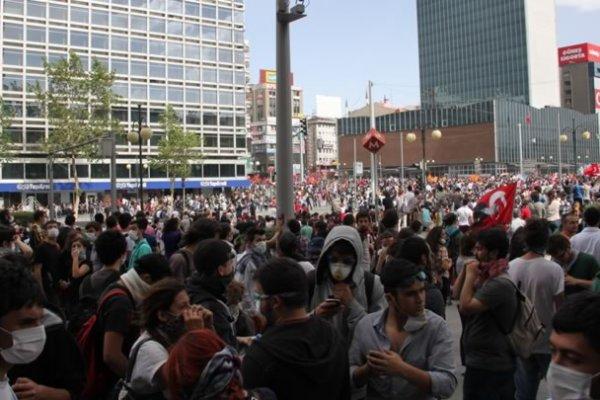 Ankara'da ateş yakmak ve türkülü eylem yapmak yasaklandı