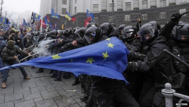 Ukrayna'da seçim ve uzlaşma hükümetinde anlaşıldı