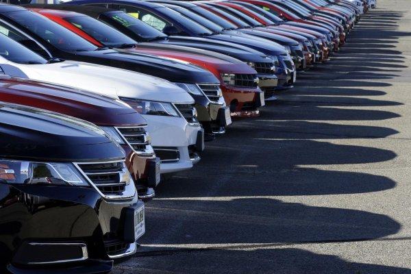 Otomotiv sektöründe satışlar daraldı