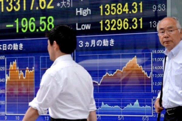"""Asya hisseleri """"ticaret"""" endişeleri ile karışık seyretti"""