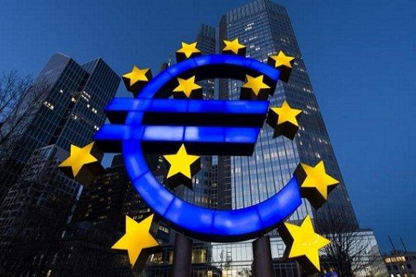 Euro Bölgesi'nde büyüme yılın 3. çeyreğinde yavaşlayabilir