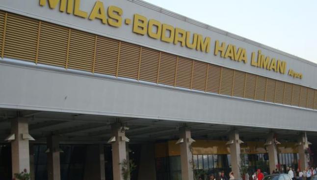 Bodrum, sezonun ilk dış hat uçuşunu karşıladı
