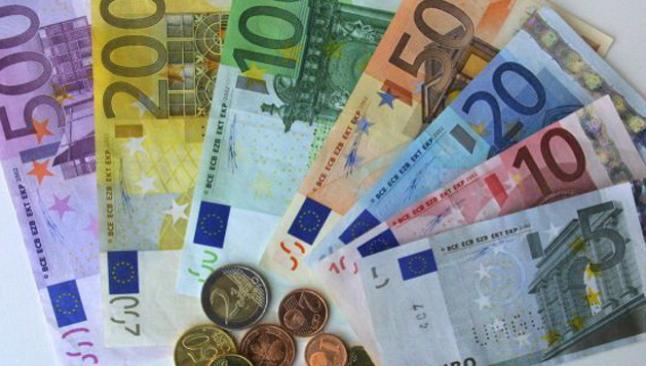 Euro 3 TL'nin altında tutunamadı