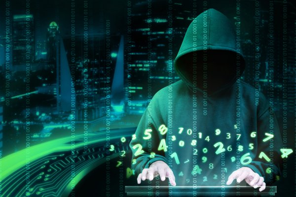Apple'ı tehdit eden Türk hacker'a hapis cezası