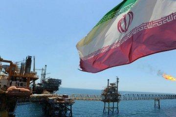 İran'da döviz transferine yasak