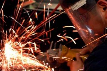 Sanayi üretimi Kasım'da yıllık yüzde 5,1 arttı