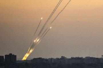 İsrail Suriye'nin başkentini vurdu