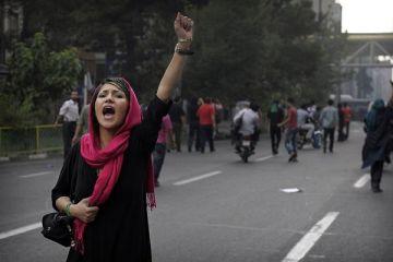 İran'daki protestolarda can kaybı artıyor