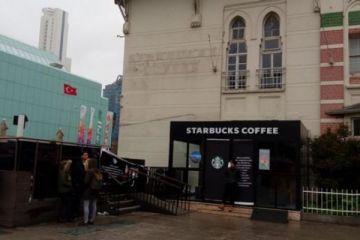 Starbucks'ın Şişli'deki şubesi mühürlendi