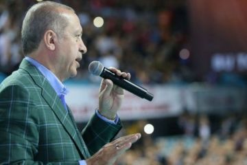 Erdoğan: Bize kur savaşı ilan ettiler