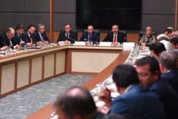 Erken seçim teklifi Anayasa Komisyonu'nda oy birliğiyle kabul edildi