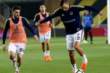 Beşiktaş sahaya çıkmadı, derbi iptal edildi