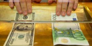 Dolar ve euro bu tarihte eşitlenecek