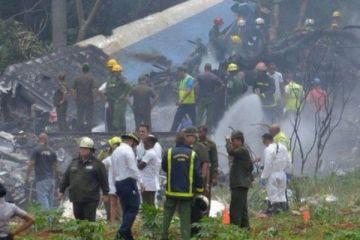 Küba'da yolcu uçağı düştü, 100 kişi öldü
