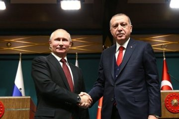 Putin'den Erdoğan'a seçim tebriği