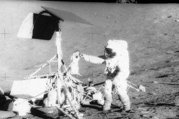Rusların yarısından fazlası, ABD'nin Ay'a indiğine inanmıyor