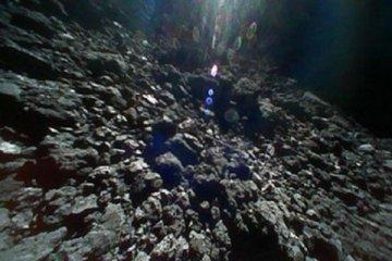 JAXA, asteroid Ryugu'dan yeni fotoğraflar yayımladı