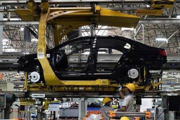 Otomotiv devinden 144 milyar dolarlık kredi anlaşması