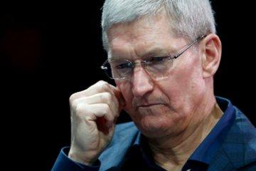 Apple satış tahminlerini revize etti, hisseleri yüzde 10 değer kaybetti