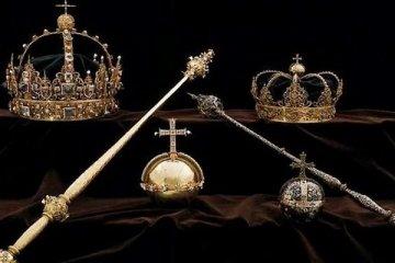 Çalınan kraliyet hazinesi çöpte bulundu