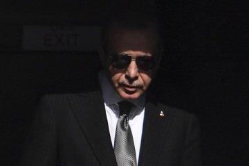 """Erdoğan: İmamoğlu'nun başkanlığı """"küfür"""" nedeniyle düşecektir"""