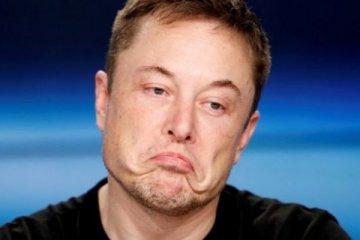 Tesla 702 milyon dolar zarar açıkladı
