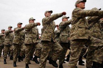 """MHP'den """"kadınlar da askerlik yapsın"""" teklifi!"""