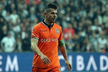 """39 yaşındaki futbolcu Fenerbahçe'ye """"kurtarıcı yıldız"""" olarak transfer edildi"""