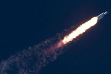 Elon Musk'ın roketi okyanusa çakıldı