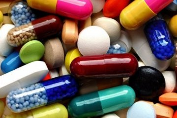 Yüzlerce ilaç eczanelerde bulunamıyor