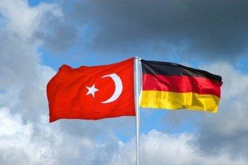 Almanya Türkiye'ye uçuşları sıkı denetim sonrası açacak