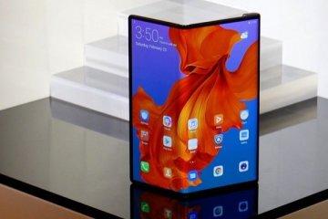 Huawei katlanabilir telefonlar için sipariş almaya başladı