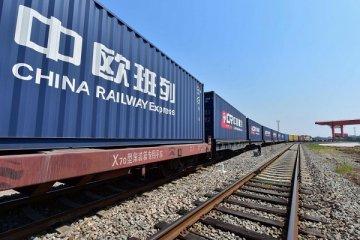 Çin demiryoluna 6 ayda 46 milyar dolar yatırdı