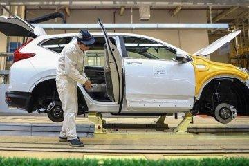 AB'de otomobil kayıtları arttı