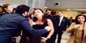 Avukatlardan Çağlayan'da protesto