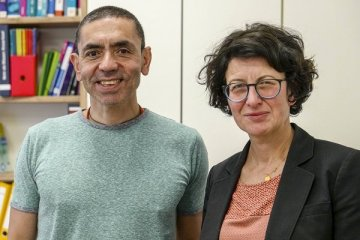Biontech'in mimarları bu kez kanser aşısı için tarih verdi