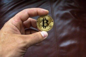 Bitcoin'de gözler 50 bin dolarda