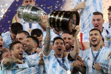 Arjantin: Brezilya'yı 1-0 yenerek kupanın sahibi oldu