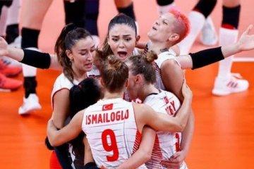 Türkiye, Olimpiyat şampiyonu Çin'i 3-0 yendi