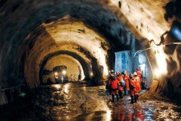 Şili'de bir bakır madeni daha greve gidiyor