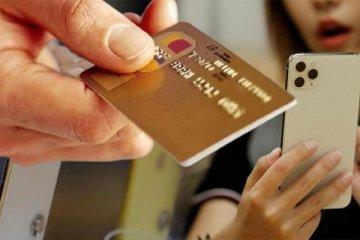 """iPhone kullanıcılarına """"kredi kartınızı silin"""" uyarısı"""