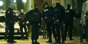 Paris'te silah sesleri