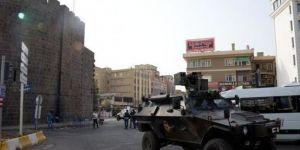 Diyarbakır'da olaylı gün, 2 ölü