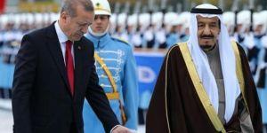 Suudi Kral Rus Marşı'yla mı karşılandı
