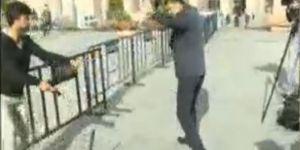 Can Dündar'a silahlı saldırı girişimi