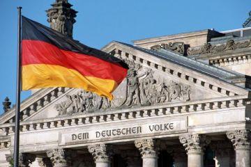 Almanya'da yıllık enflasyon ECB hedefini aştı