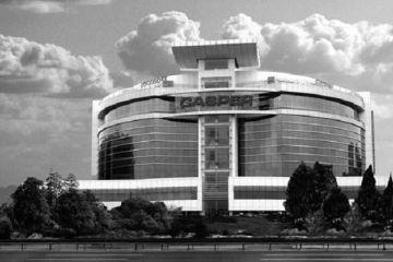 Darbeciler Casper binasını kullanmış