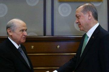 Bahçeli'den AKP'ye af tepkisi
