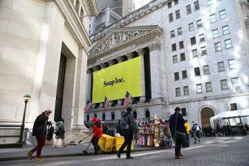 Snapchat rekor fiyata halka arz edildi